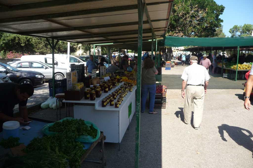 Большой овощной рынок на Родосе