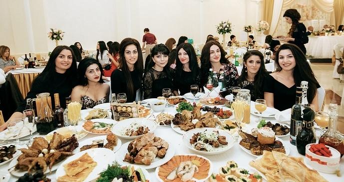 Греки любят вкусно поесть