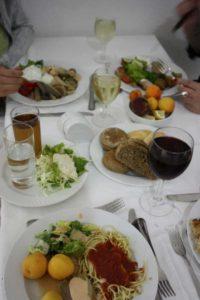 Завтрак туриста в отеле Луис Колоссос 4* на острове Родосе