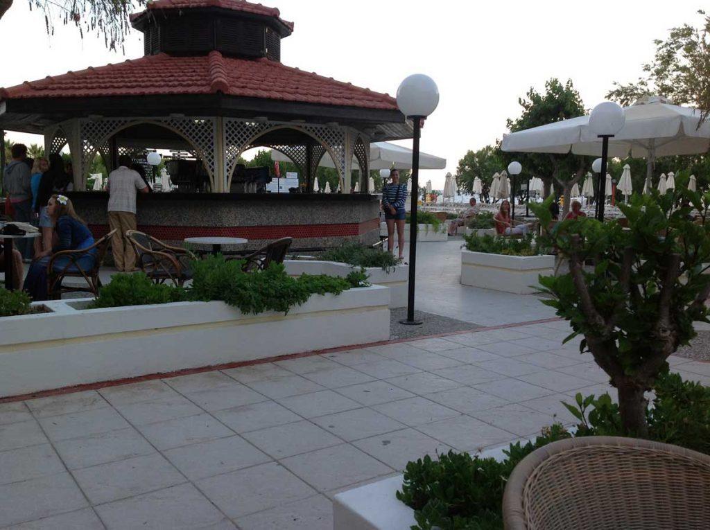 Территория отеля Луис Колоссос 4* на острове Родосе