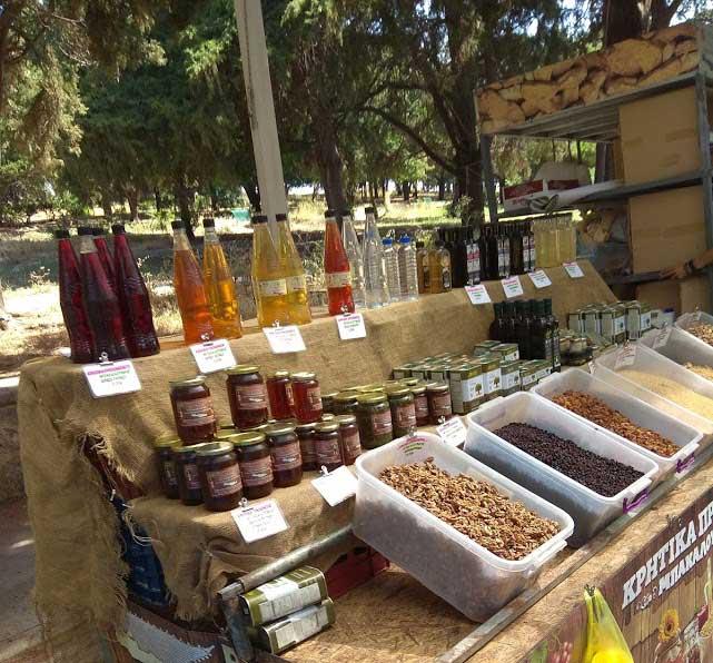 Домашний мед на фермерском рынке на острове Родос