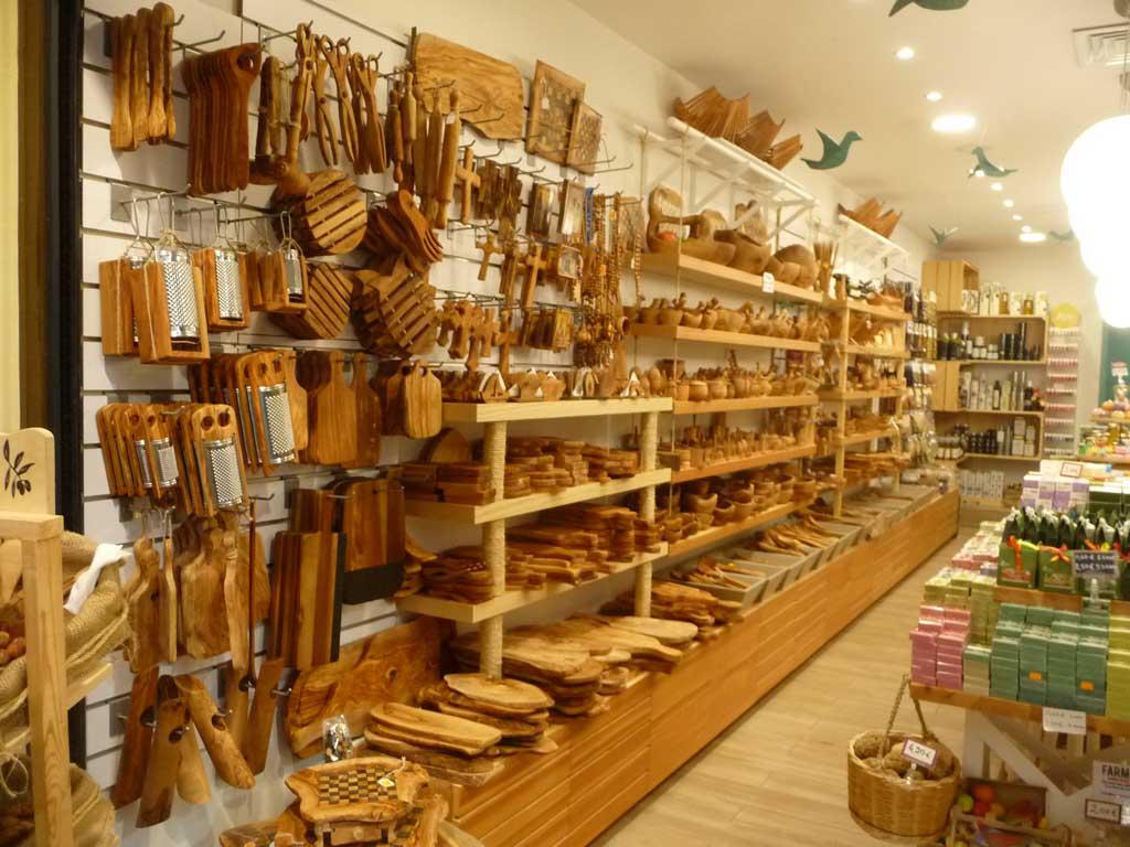 Изделия из оливкового дерева для кухни на острове Родос