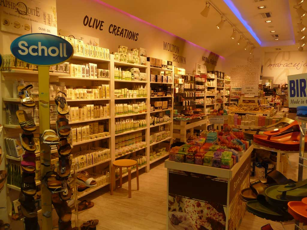Магазин косметики и парфюмерии из оливок на острове Родос
