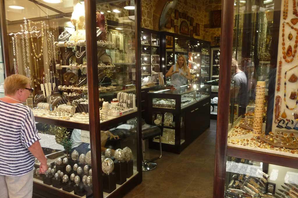 Магазин серебряных изделий на острове Родос