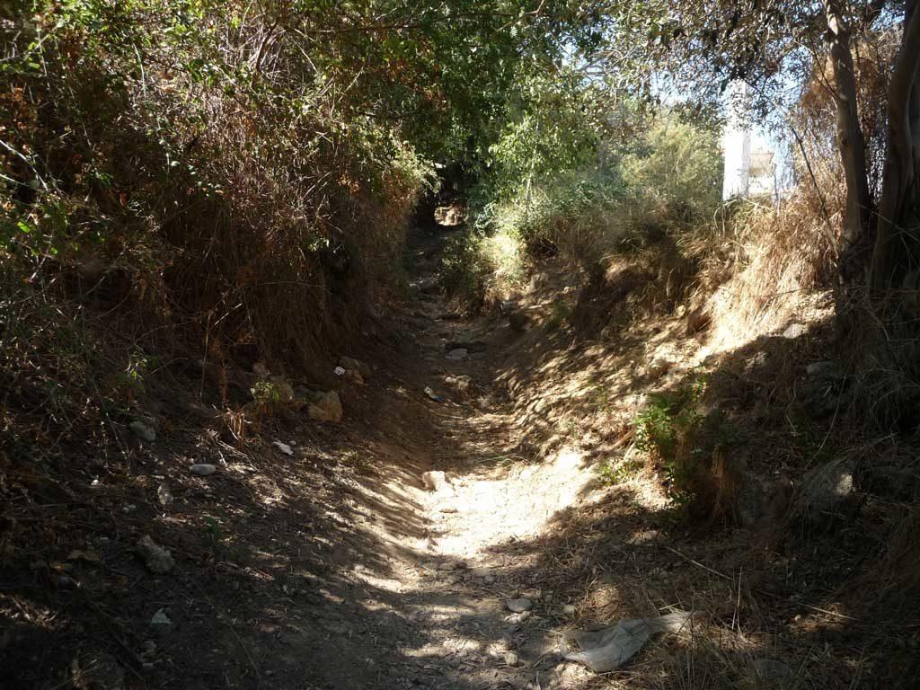 Длинная козья тропа из Парка Родини в город Родос