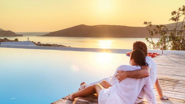 Романтическая пара на острове Родос