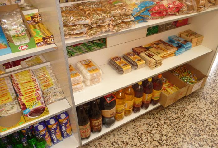 Квас и зефир в русском магазине на Родосе