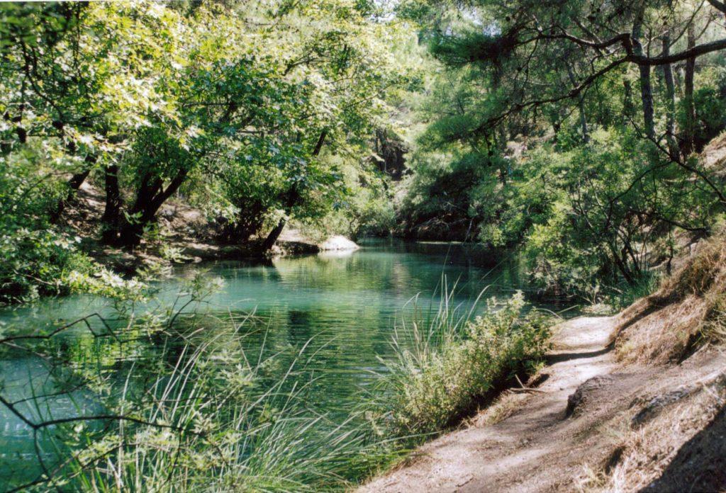 Пресное озеро в Заповеднике Семь источников на острове Родос