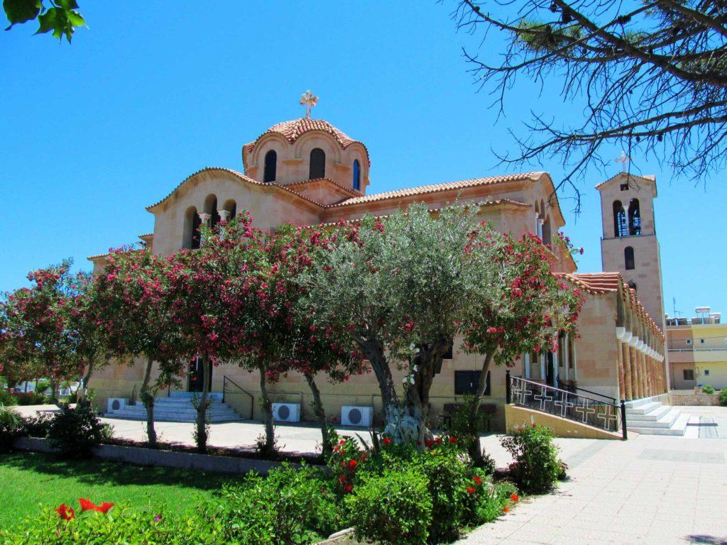Церковь Святого Нектария в деревне Фалираки на острове Родос