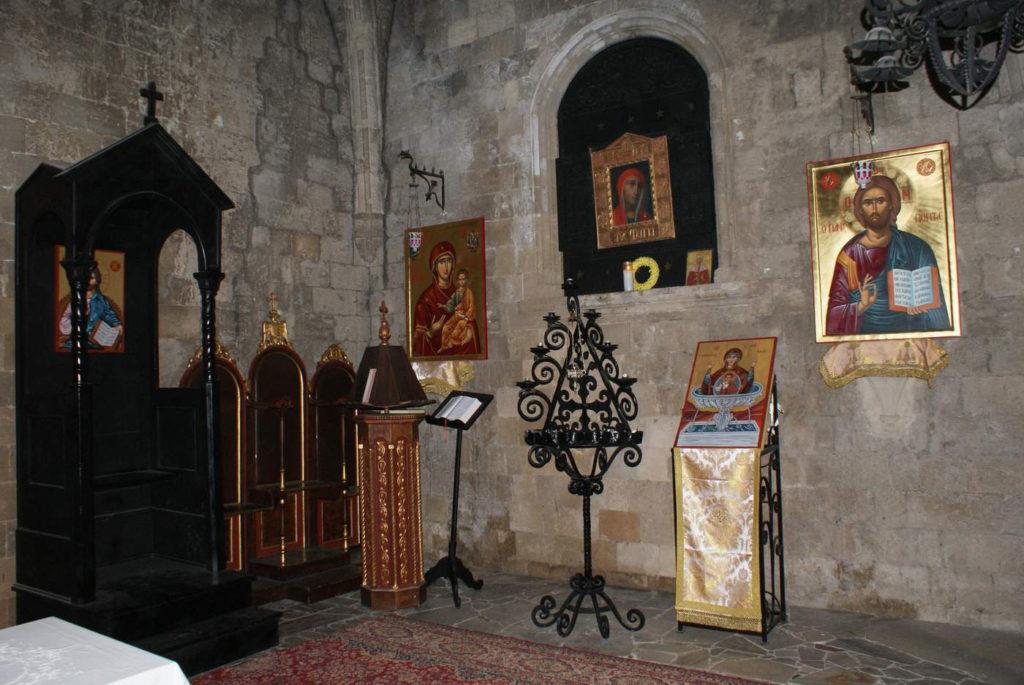 Икона Богородицы Филеримской убранство церкви на острове Родос