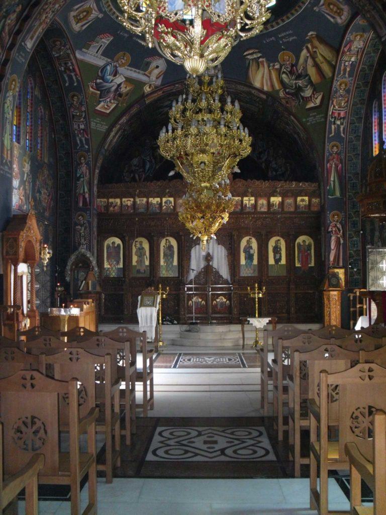 Иконостас в монастыре Святого Нектария на острове Родос