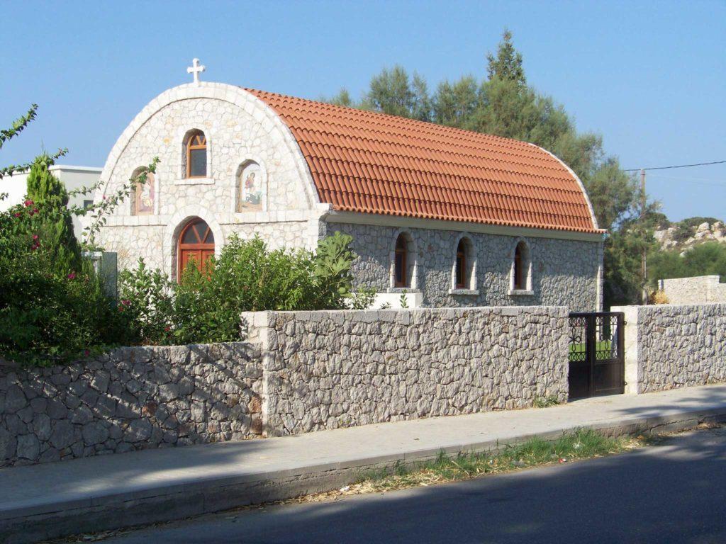 Необычная церковь на курорте Колимбия