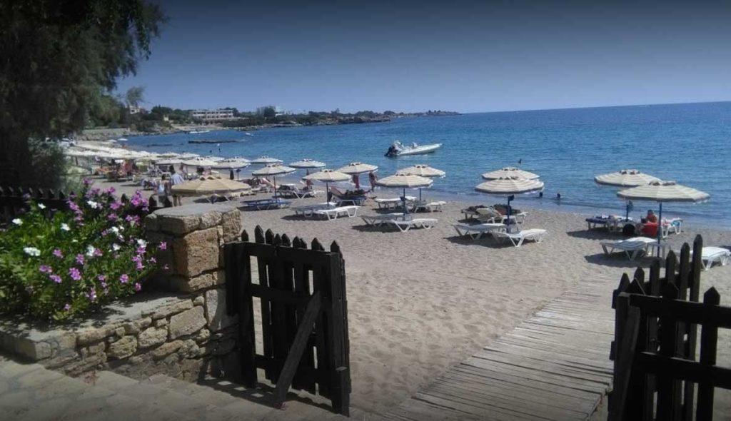 Пляж Плакиа - один из четырех пляжей курорта