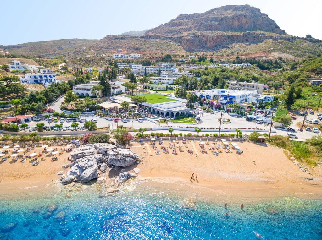 Единственный фешенебельный отель Porto Angeli Beach Resort 5*
