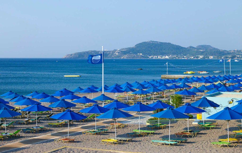 Голубой флаг ЕС на пляже Фалираки