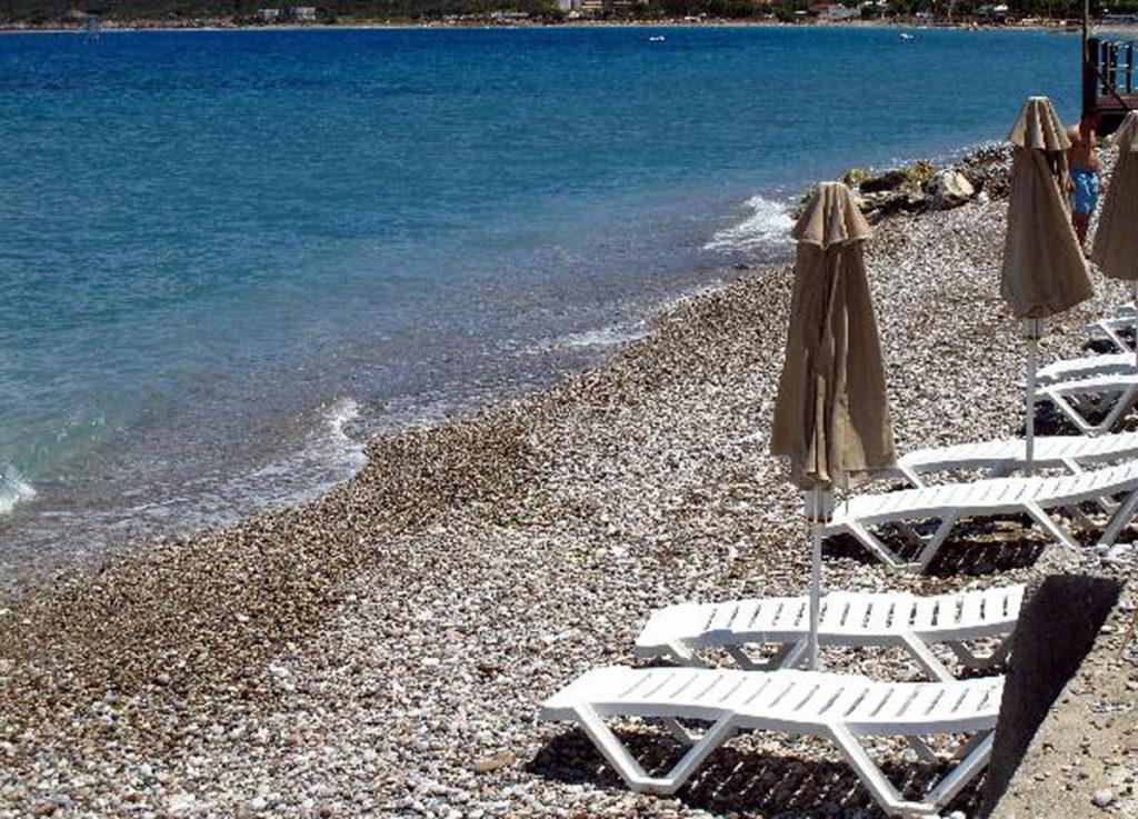 Галечный пляж Иксии на острове Родос