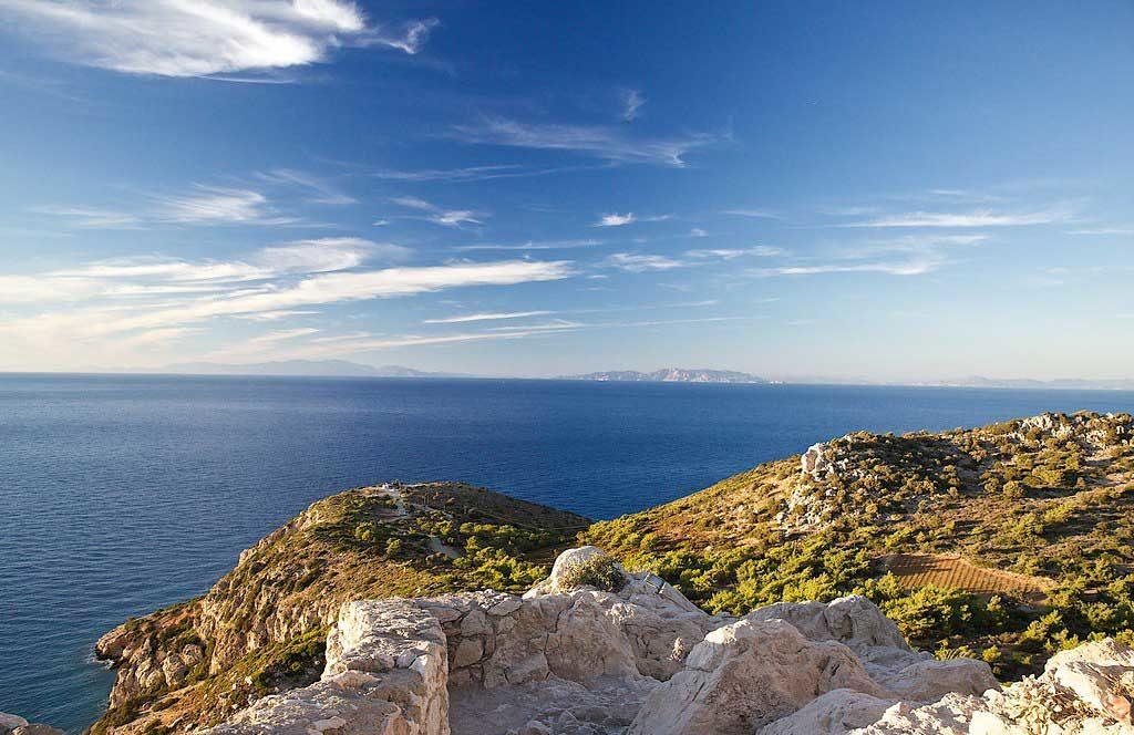 Вид на Эгейское море и острова с замка Критиния