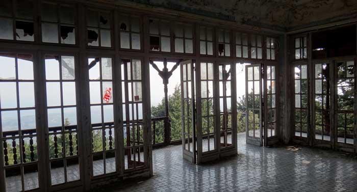 Терраса на даче Муссолини